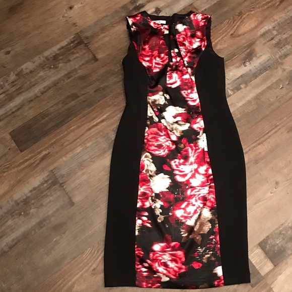 London Style Dresses & Skirts - Black sheath style dress